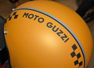 casco_moto_guzzi_orange_centro-moto-jenner 3