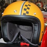 casco_moto_guzzi_orange_centro-moto-jenner (2)